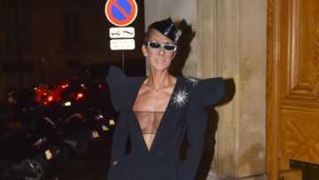 PHOTOS – Céline Dion sans soutien-gorge à la Fashion Week: son nouveau gimmick mode