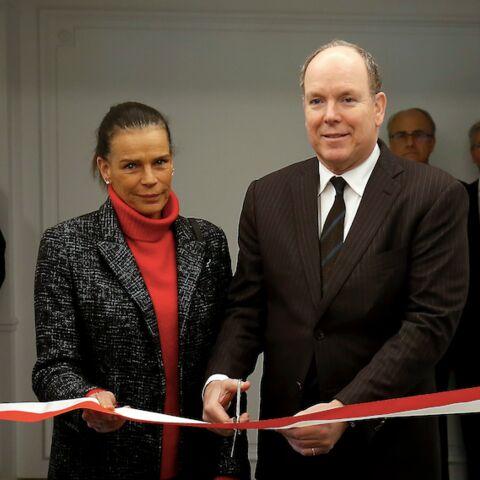 PHOTOS – Stéphanie et Albert de Monaco unis et complices pour rendre hommage à leur père