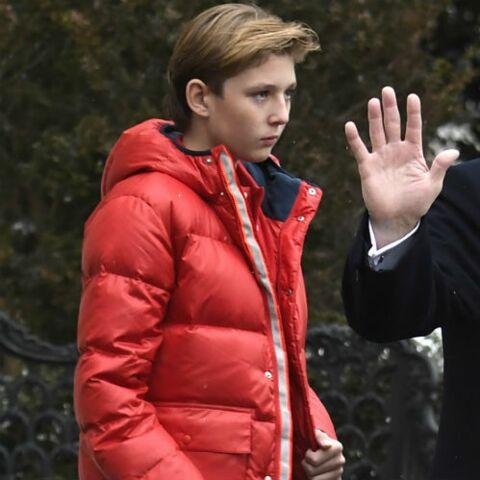 PHOTOS – À 12 ans, Barron Trump, le fils de Donald et Melania, est déjà un géant qui toise ses parents!