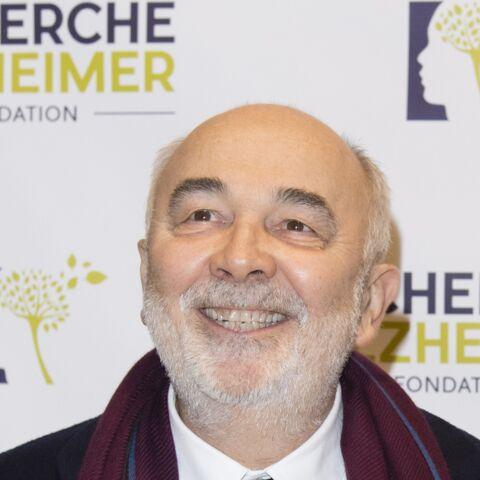 Gérard Jugnot victime d'un canular morbide… sa femme a réagi avec humour