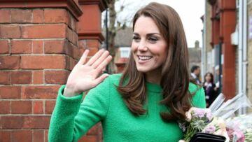PHOTOS – Les fans de Kate Middleton ont repéré un étrange détail sur sa robe lors de sa dernière apparition