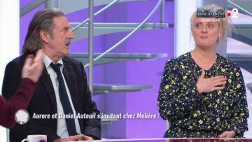 VIDÉO – «Parlez pas de malheur!»: quand Sophie Davant commet une petite bourde devant Daniel Auteuil et sa fille