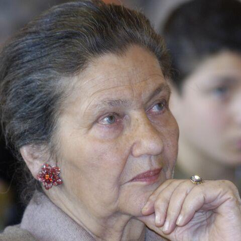 """Le fils de Simone Veil """"pas surpris"""" par les tags antisémites sur le portrait de sa mère"""