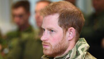 VIDÉO – Le prince Harry touché par une tendre attention des marines en Norvège