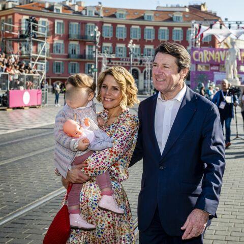 PHOTOS -Laura Tenoudji tout sourire avec Christian Estrosi et leur fille Bianca pour le carnaval de Nice