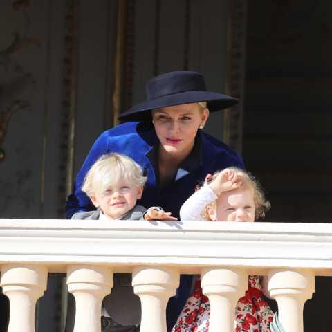 VIDEO – Charlène de Monaco de retour en Afrique avec ses jumeaux Jacques et Gabriella