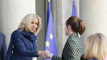 Quand Brigitte Macron remplace le président au pied levé à l'Elysée