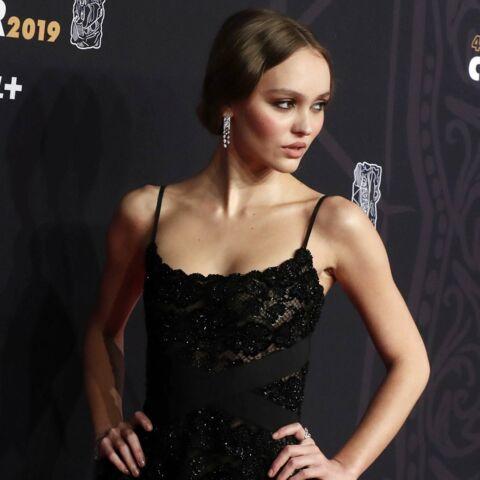 PHOTOS – Lily-Rose Depp sexy: son clin d'oeil à sa mère Vanessa Paradis aux César 2019
