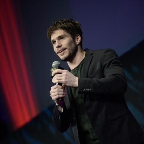 """François Civil """"piètre dragueur"""", le comédien se confie avec humour sur ses échecs"""