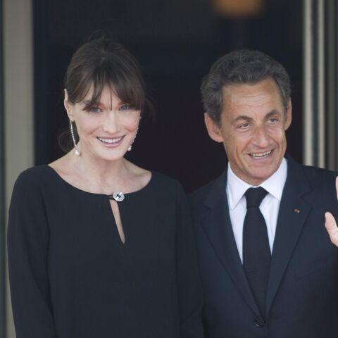 PHOTOS – Carla Bruni et Nicolas Sarkozy, le couple amoureux en vacances au ski