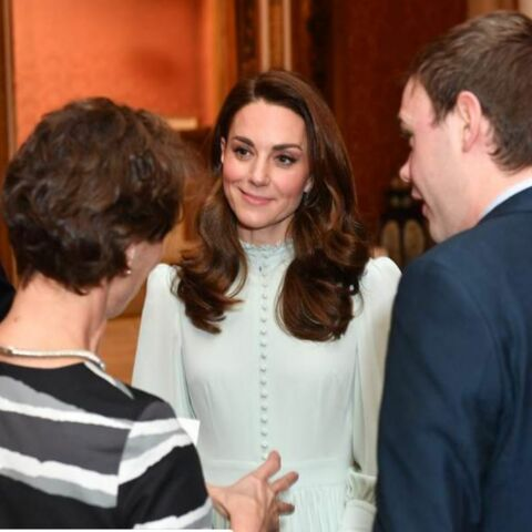 PHOTOS – Pourquoi le dernier look de Kate Middleton fait couler de l'encre