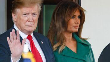 PHOTOS – Melania Trump, en femme fatale, ose le long manteau vert ceinturé en cuir