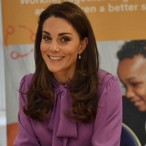 VIDEO – Kate Middleton, impassible face à des jumelles infernales