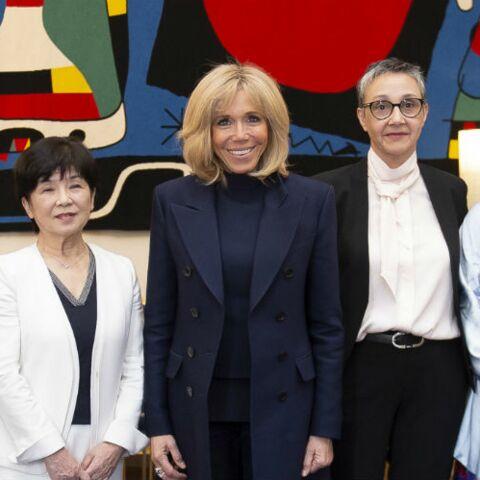 PHOTOS – Brigitte Macron, rock dans un jean slim pour un rendez-vous à l'Elysée
