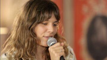 VIDEO – Vanille: cette chanson très personnelle pour laquelle elle a demandé l'aide de son père, Julien Clerc
