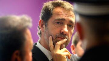 """""""C'est une faute professionnelle"""": les attaques se poursuivent contre Christophe Castaner"""