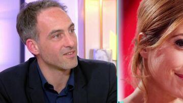 """VIDEO – """"Ça me bouleverse"""": la réaction de Raphaël Glucksmann après le retrait de l'antenne de Léa Salamé"""