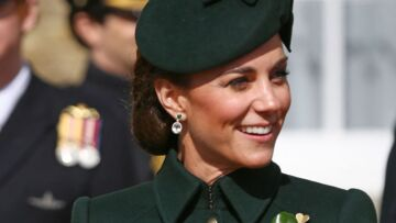 PHOTOS – Kate Middleton so chic en manteau vert pour la parade de la St Patrick