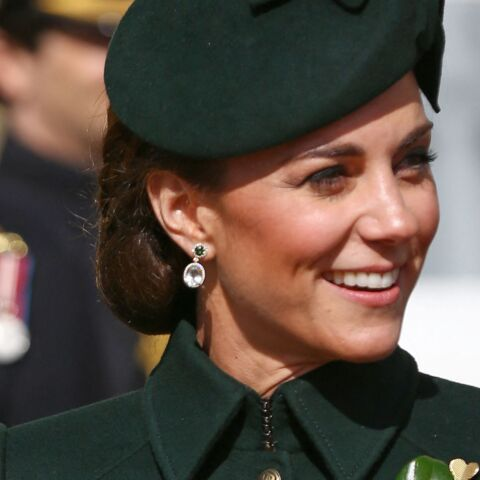 PHOTOS – Kate Middleton so chic en manteau vert pour la parade de la St Patrick