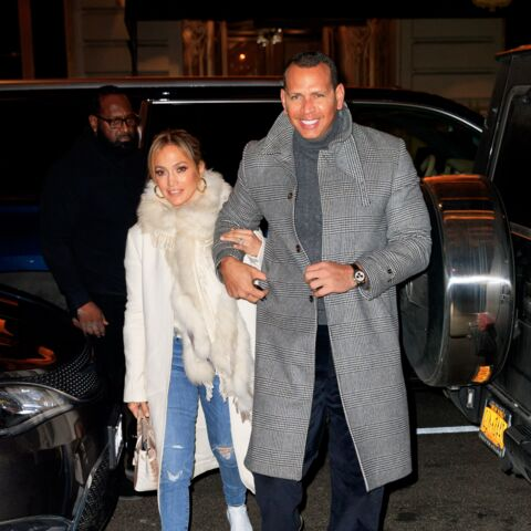 PHOTOS – Jennifer Lopez bras dessus bras dessous avec son chéri Alex Rodriguez, loin des rumeurs d'infidélité