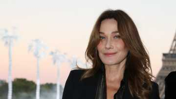 """Carla Bruni-Sarkozy pas tendre sur ses talents d'actrice: """"Je ne suis pas mauvaise, je suis insipide!"""""""