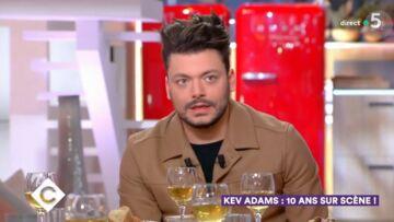 VIDEO – Kev Adams: comment le divorce de ses parents l'a aidé à avancer