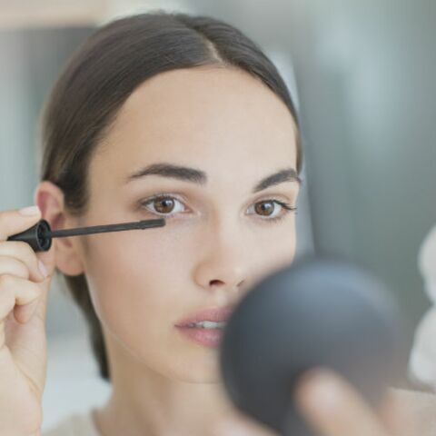 Mascara: lequel choisir selon la forme des cils?