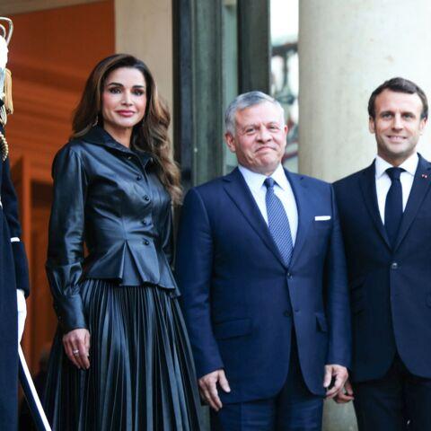 PHOTOS – Rania de Jordanie en total-look cuir rivalise d'élégance avec Brigitte Macron en robe chic à l'Elysée