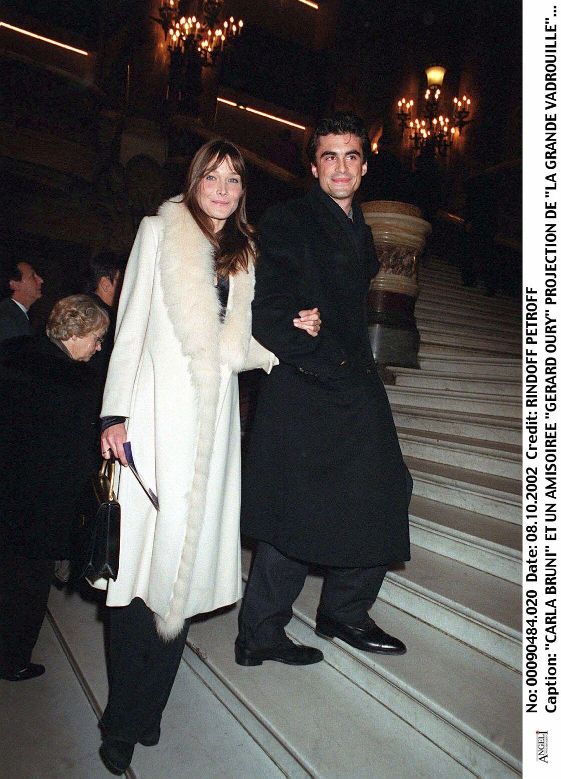 Carla Bruni et Raphaël Enthoven, en 2002.