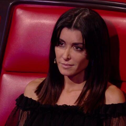 PHOTOS – Le look de Jenifer dans The Voice fait (encore) jaser: découvrez le prix de ses escarpins fluo