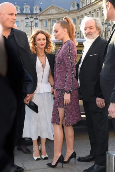 Lily-Rose Depp et Vanessa Paradis Place Vendôme à Paris