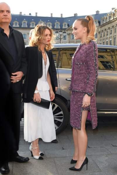 Lily-Rose Depp et Vanessa Paradis à un évènement Chanel