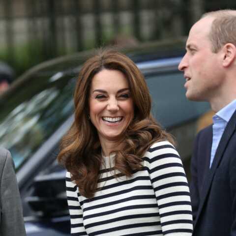 PHOTOS – Kate Middleton tout sourire et décontractée avec William au lendemain de la naissance du bébé de Meghan et Harry