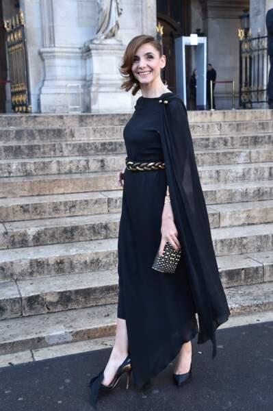 Clotilde Courau ravissante en robe longue et chignon de princesse pour le gala de l'Opéra Garnier