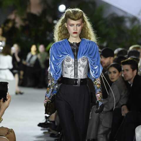 PHOTOS – Décryptage du défilé Croisière 2020 Louis Vuitton: comment adopter la tendance?