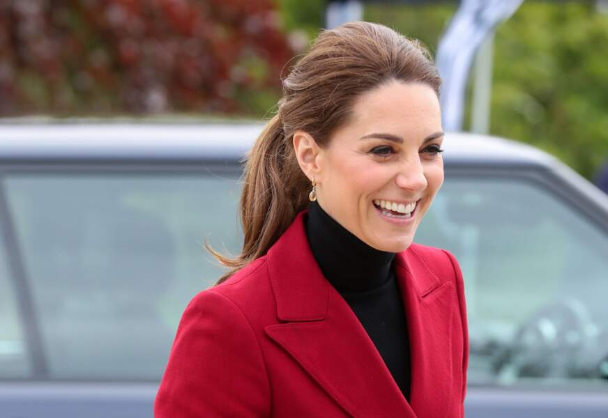 Kate Middleton camoufle ses cheevux blancs grâce à la queue-de-cheval