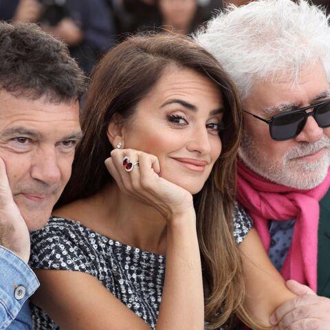 PHOTOS – Cannes 2019: Penélope Cruz radieuse et très bien entourée illumine la Croisette