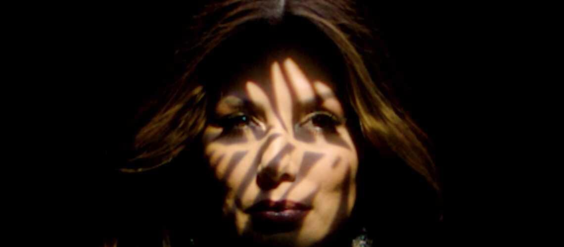 VIDEO GALA – Eva Longoria, superbe en gold - Gala