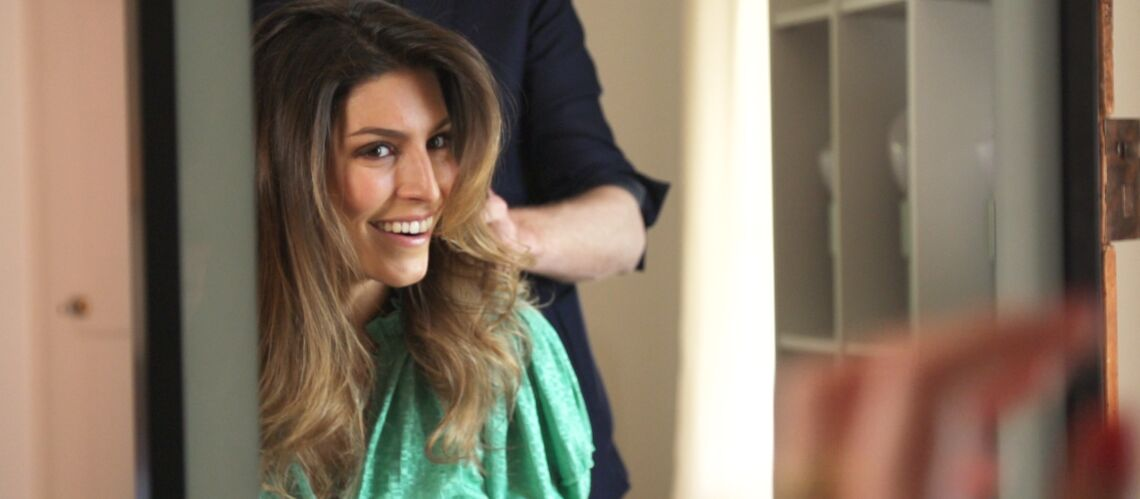 VIDEO – Laury Thilleman au Festival de Cannes: zoom sur ses longueurs wavy, coiffées décoiffées - Gala