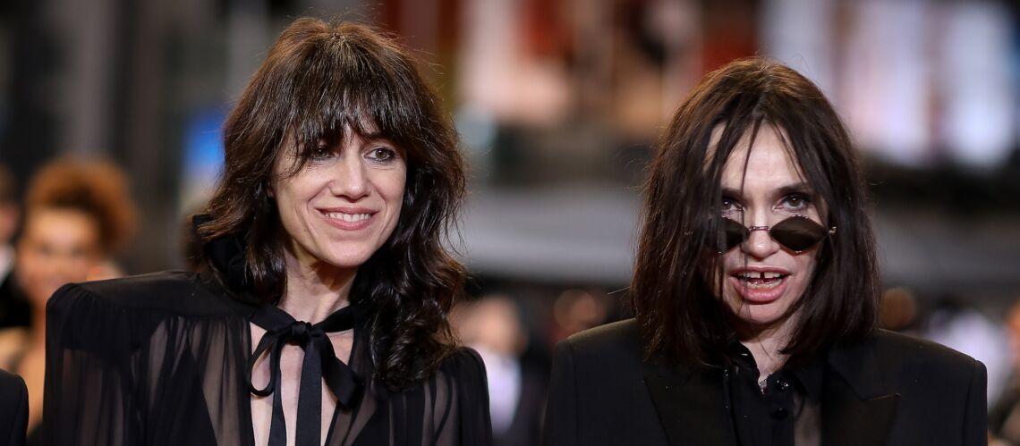 PHOTOS – Cannes 2019: Charlotte Gainsbourg et Béatrice Dalle, duo rock de la montée des marches - Gala