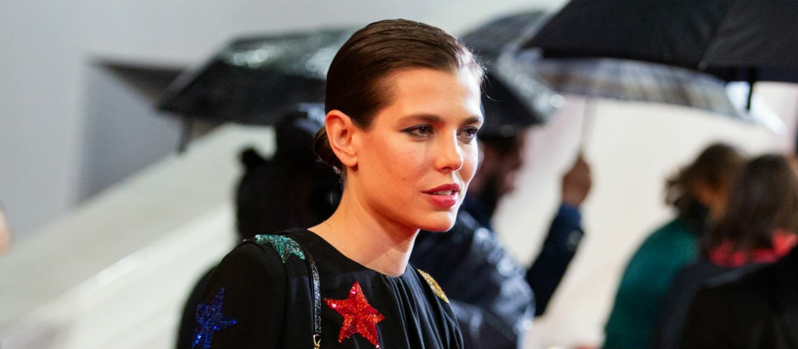 PHOTOS – Cannes 2019 : Charlotte Casiraghi, « princesse rock » sur le tapis rouge - Gala