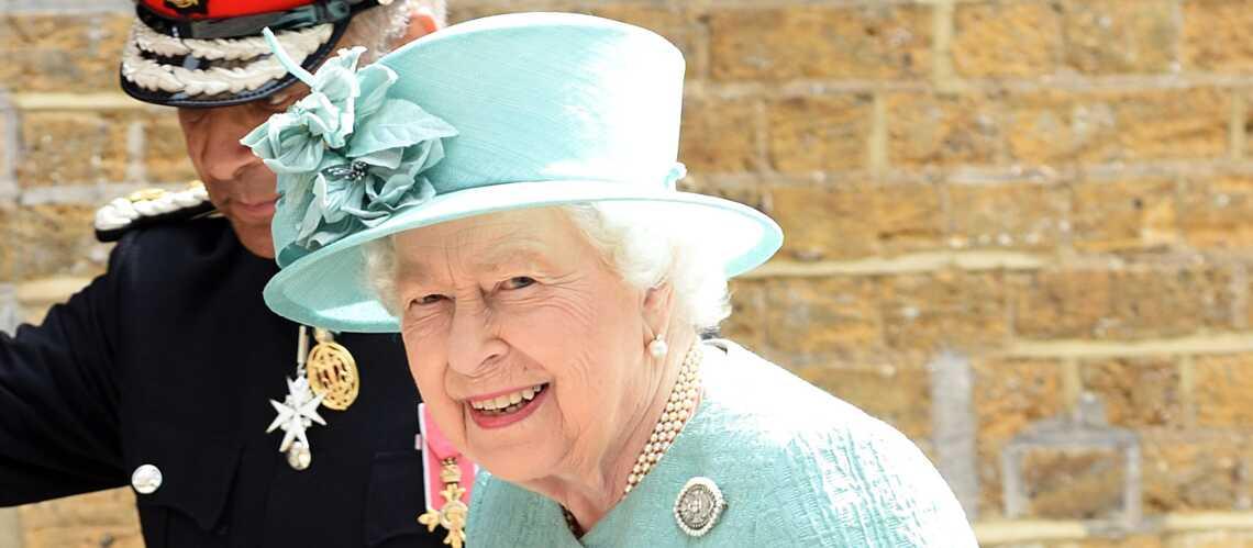 À 93 ans, la reine Elizabeth fait une découverte qui ne manque pas de l'intriguer - Gala