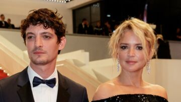 PHOTOS – Cannes 2019 : Virginie Efira, sexy en robe fendue, ne cache plus son amour pour Niels Schneider