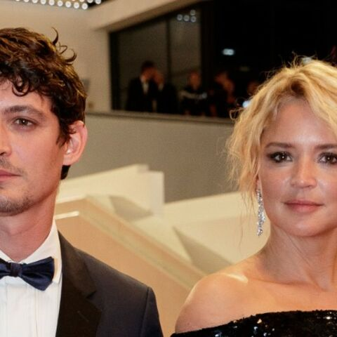 PHOTOS – Cannes 2019: Virginie Efira, sexy en robe fendue, ne cache plus son amour pour Niels Schneider