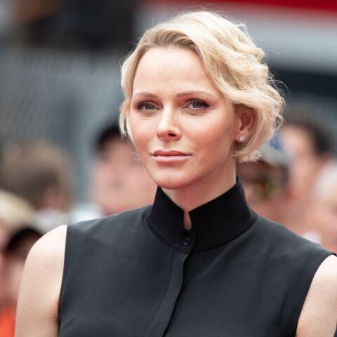 PHOTOS – Charlene de Monaco stylée avec une coupe courte wavy très tendance