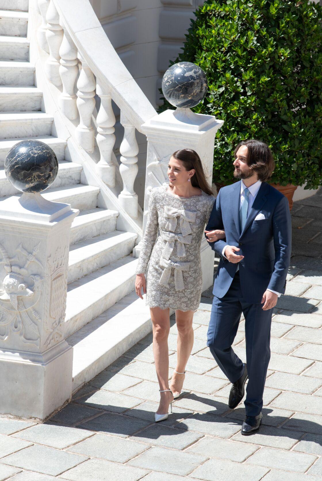 Charlotte Casiraghi en robe couture Saint Laurent Paris pour son mariage civil le 1er juin 2019