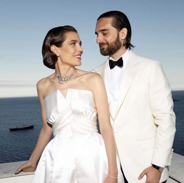 Pour son mariage, Charlotte Casiraghi a pu compter sur un magnifique clin d'oeil de son oncle, le prince Albert de Monaco.