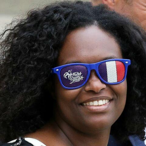 PHOTOS – Sibeth Ndiaye fait le show avec un accessoire étonnant à sa sortie du conseil des ministres