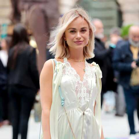 PHOTOS – Lady Amelia Windsor, la cousine du prince Harry, surprend en robe en dentelle sexy et baskets aux pieds