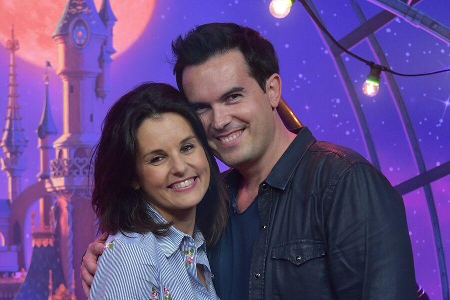 Faustine Bollaert et son mari, le romancier Maxime Chattam, à Paris, en 2018.